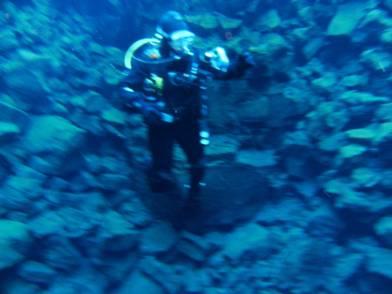 Laura diving Silfra