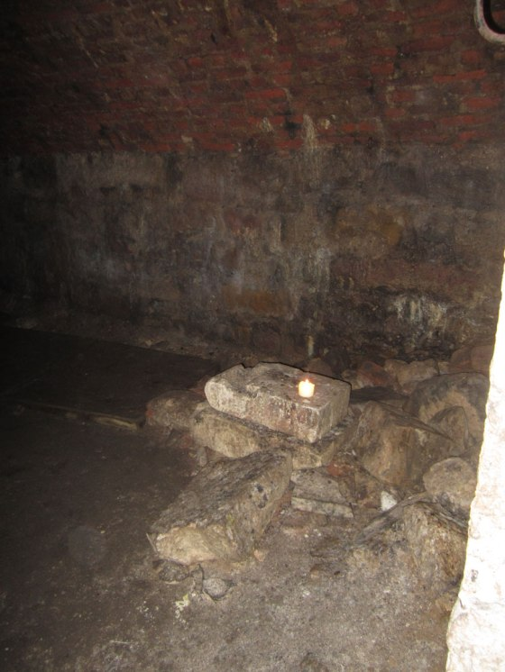 Spot the Orb of Jack - Underground Vaults Ghost Tour